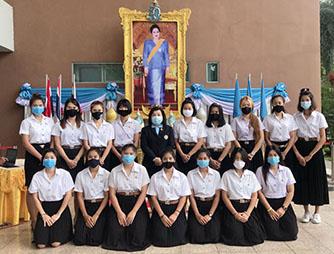 泰国诗丽吉王后88周岁诞辰
